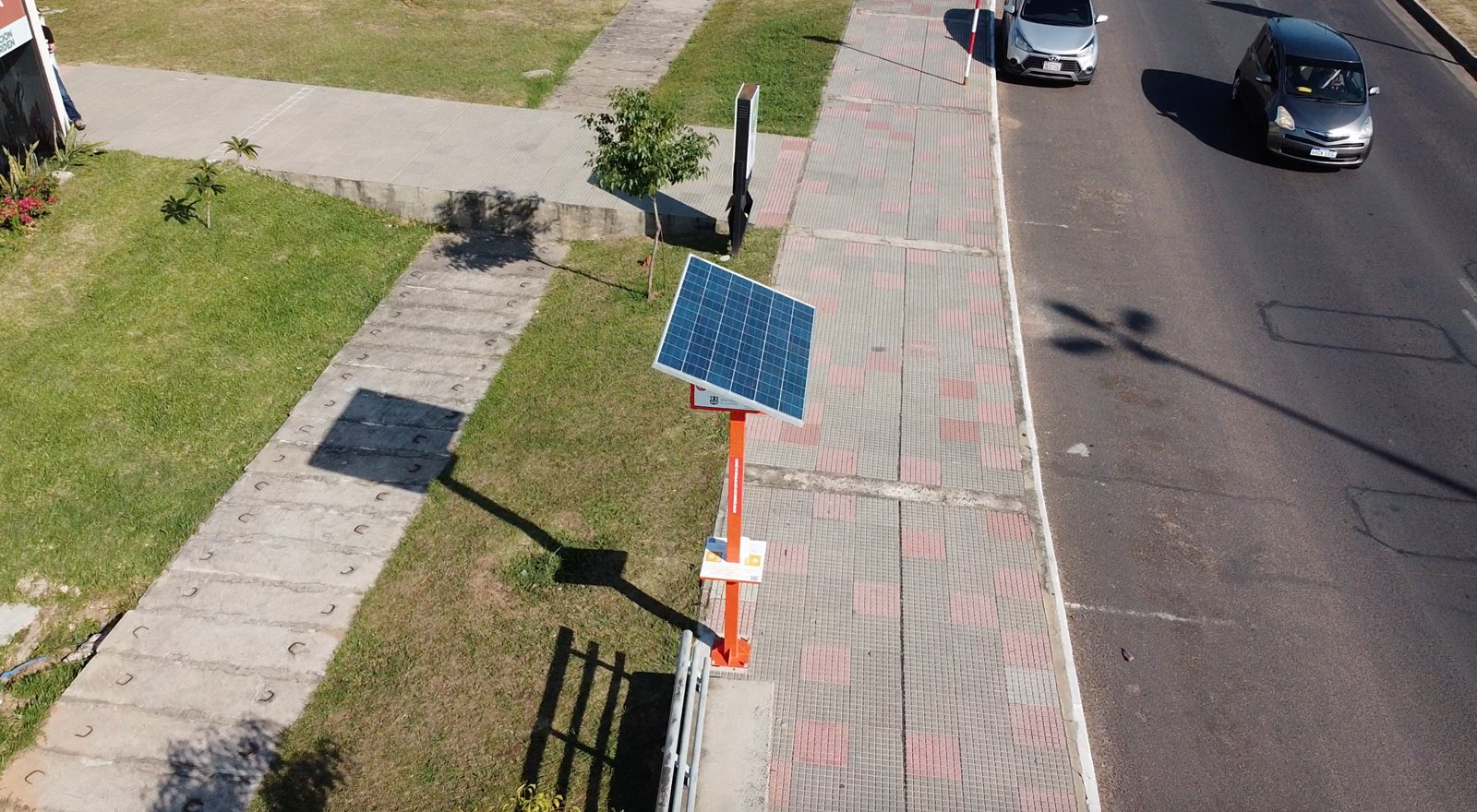 En este momento estás viendo Tótem de energía solar en la Costanera de Asunción